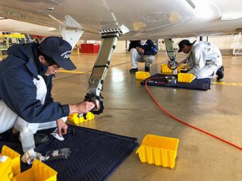 航空機整備