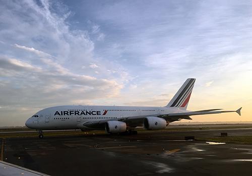 エールフランスのA380。総二階建てでさすがに大きい