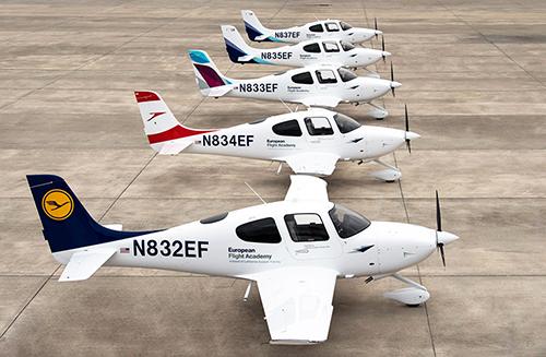 ルフトハンザ航空にシーラスSR20をデリバリー