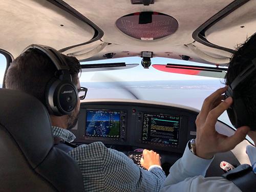 シーラス機の試験飛行
